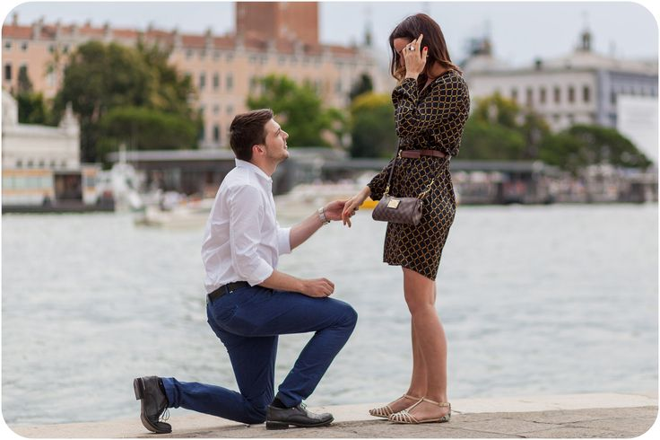 would-be husband proposes in Venice during engagement photo session