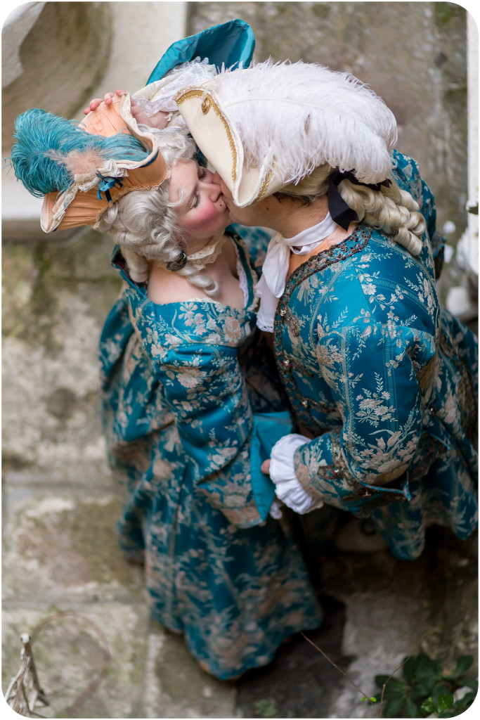 couple in carnival costume during couple photo service in Venice